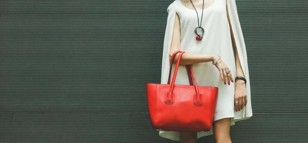 дамска лятна чанта