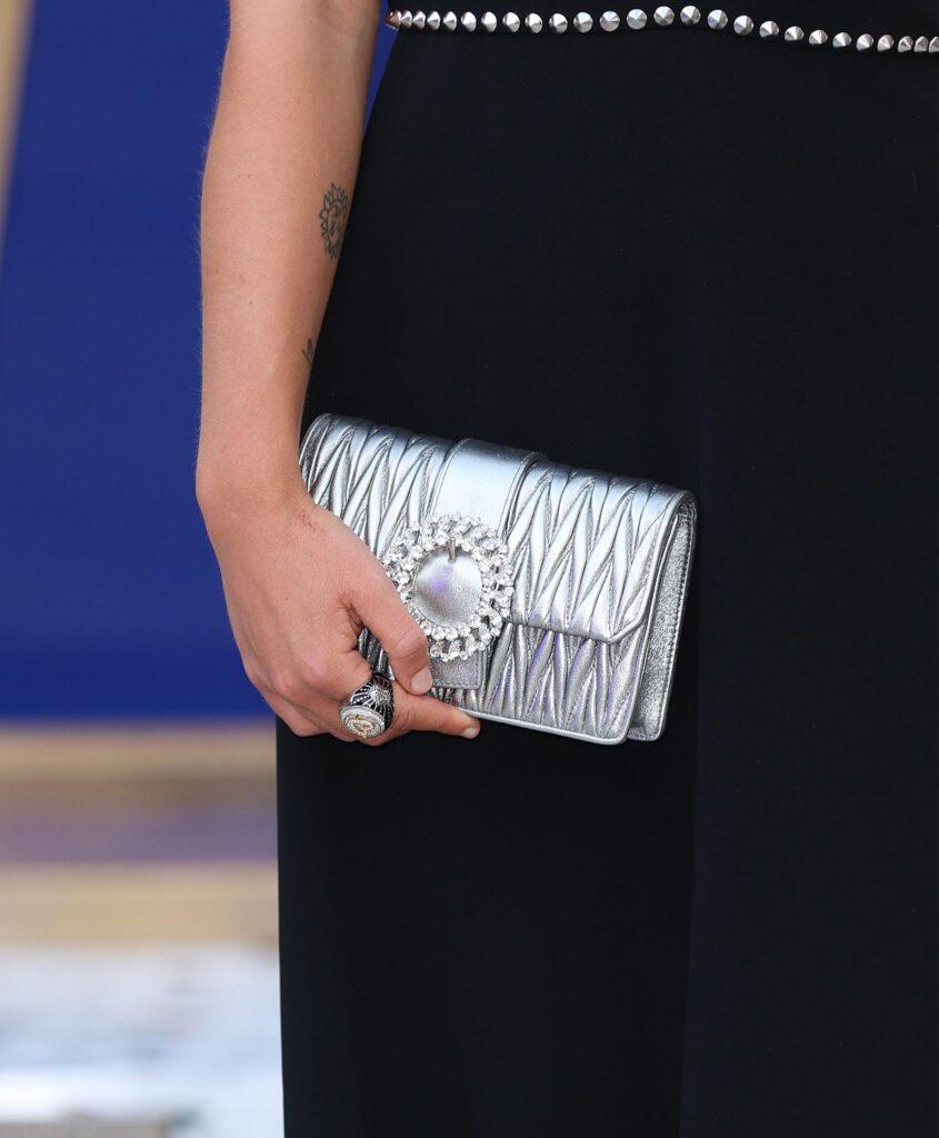 Клъч чанти